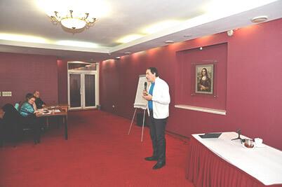 Игорь Кокин на семинаре во Владивостоке